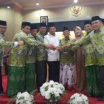 Iqbal Suhaeb dan PCNU Kota Makassar di acara Mukercab 1 (Foto: Istimewa/zonatimes.com)