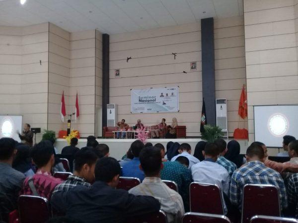 Seminar Nasional HMJ TPWK UINAM (Foto: Ist/zonatimes.com)