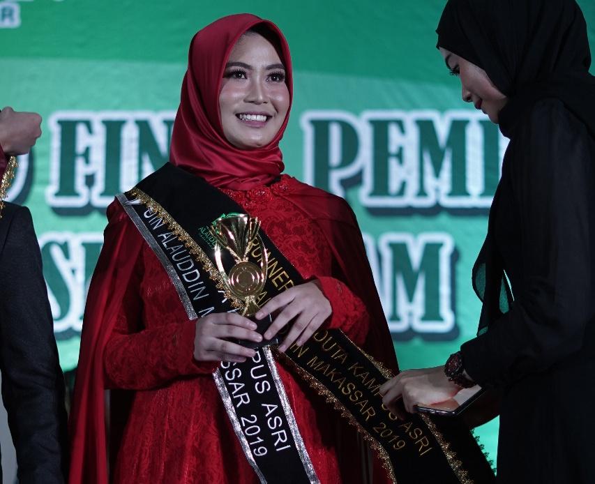 Regina Elsya Agusti mahasiswi UIN Alauddin Makassar terpilih duta kampus asri (Foto:Samista/zonatimes.com)