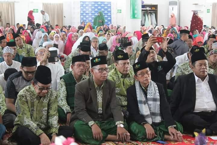Jamaah maulid nabi padati masjid Agung 45 Bosowa (Foto:Ist/zonatimes.com)