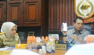 Pj Walkot Makassar, Iqbal Suhaeb imbau warga deteksi gejala virus Corona (Foto:antara)