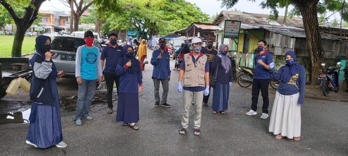 PERSAKMI Selayar Edukasi Warga dan Bagi-bagi Masker di Pasar Batangmata
