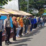 Operasi ketupat bersama petugas posko Covid-19 di Takalar