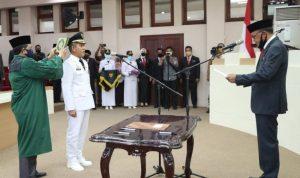 Suasana Pelantikan Prof Yusran sebagai Pj Walkot Makassar yang dilantik langsung oleh Gubernur Sulawesi Selatan, Nurdin Abdullah