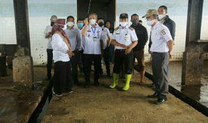 Pj Wali Kota Makassar, Prof Yusran Yusuf saat kunjungi RPH Makassar