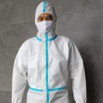Baju APD buatan Indonesia standar WHO (Foto: BNPB)