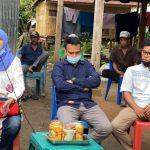 Andi Nurhidayati Zainuddin saat mendengar aspirasi warga di Desa Awo Kecamatan Keera Kabupaten Wajo, Jum'at (7/8/2020).