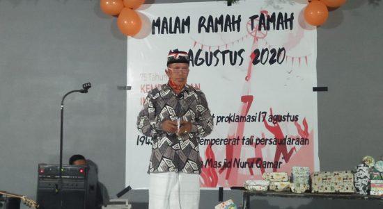 Remaja Masjid Nurul Qamar selama sepekan dalam rangka memperingati hari Kemerdekaan 75 tahun Indonesia Merdeka telah resmi ditutup dengan sesi acara ramah tamah, di pelataran Masjid Nurul Qamar, Paccinnongan Pao-pao, Kabupaten Gowa, Sabtu (22/8/2020).